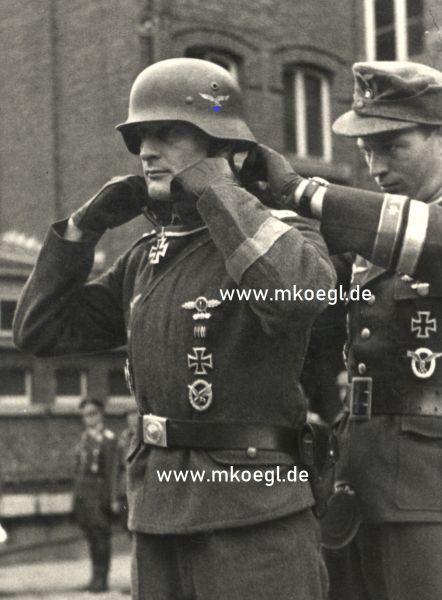 Nachlass des Ritterkreuzträgers Oberfeldwebel Wilhelm Lehnert / Funker der Besatzung Hogeback