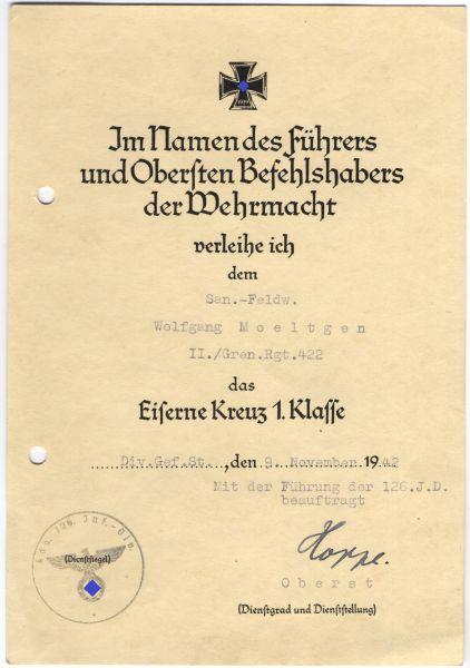 Verleihungsurkunde zum Eisernen Kreuz 1. Klasse 1939 des Sanitätsfeldwebels Moeltgen / Gren.-Rgt. 42