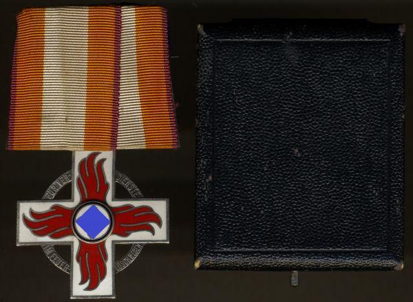 Einzelordensschnalle - Reichsfeuerwehr-Ehrenzeichen 2. Klasse mit Etui