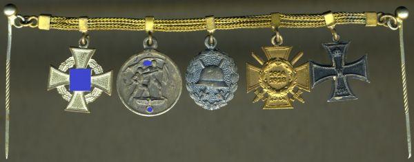 5-teiliges Miniaturenkettchen eines Weltkriegsveteranen & Staatsbediensteten