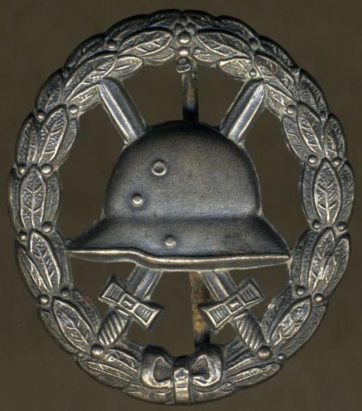 Verwundetenabzeichen 1918 in Mattweiß (Silber) - durchbrochen