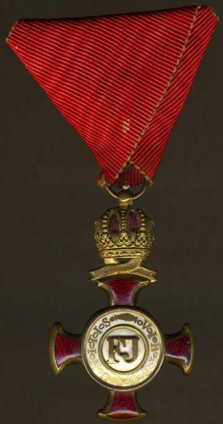 Österreich, Goldenes Verdienstkreuz mit der Krone des Franz-Joseph-Ordens - Wilhelm Kunz / Wien