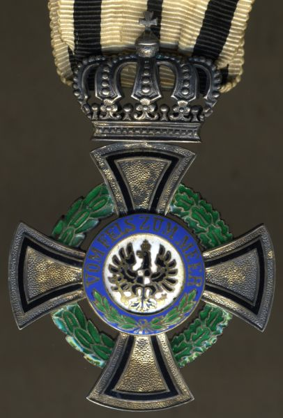 (Kgl.) Hausorden von Hohenzollern Inhaberkreuz mit Etui - Doorner Exil (!) - Gebr. Godet / Berlin