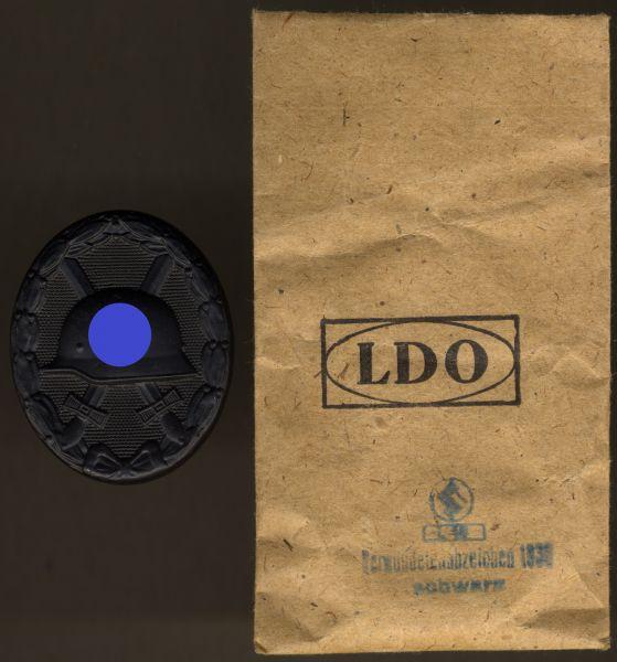 Verwundetenabzeichen 1939 in Schwarz mit LDO-Tüte - Steinhauer & Lück / Lüdenscheid