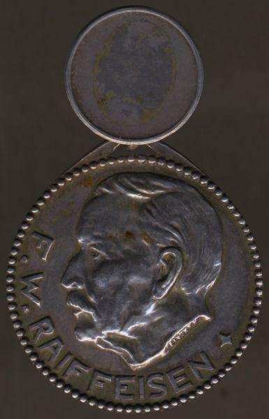 Silberne Medaille des Raiffeisen-Verbandes für treue Mitarbeit