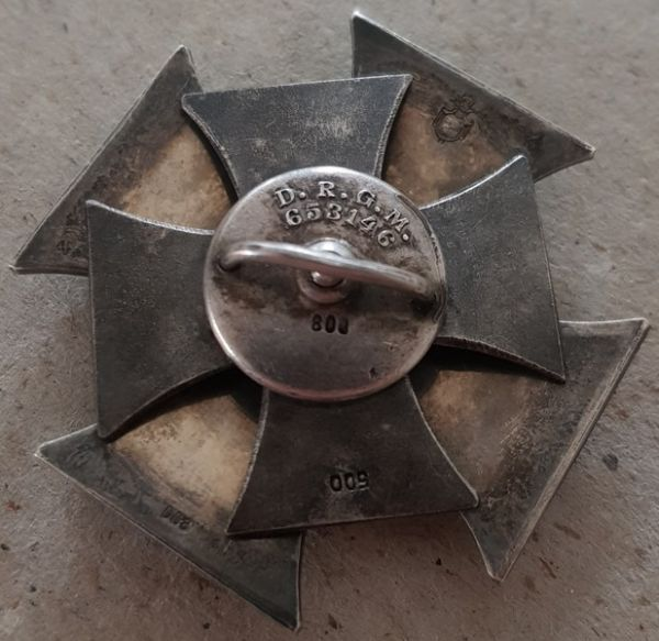 Eisernes Kreuz 1. Klasse 1914 - Paul Meybauer / Berlin - Kreuz-Schraubscheibe - Wappenpunze (!)
