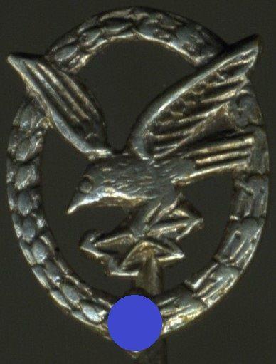 Miniatur - Fliegerschützenabzeichen mit Blitzbündel