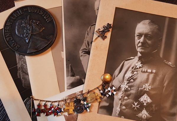 12er Miniaturenkettchen des Generalleutnants George von Engelbrechten