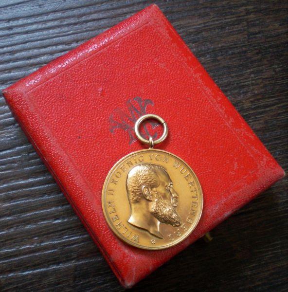 Württemberg, Goldene Verdienstmedaille des Ordens der Württembergischen Krone mit Etui