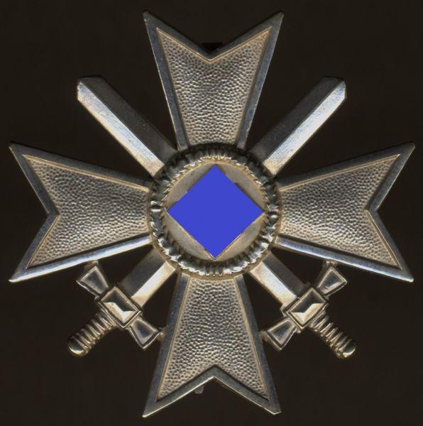 Kriegsverdienstkreuz 1. Klasse 1939 mit Schwertern - Friedrich Orth / Wien