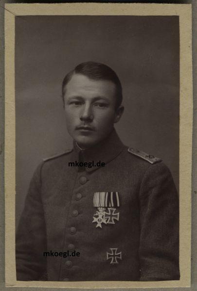 """Portrait eines bayerischen Tapferkeitsoffiziers im 20. Inf.-Rgt. """"Prinz Franz"""""""