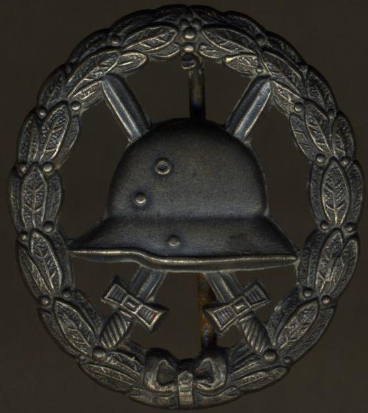 Verwundetenabzeichen 1918 in Mattweiß (durchbrochen)
