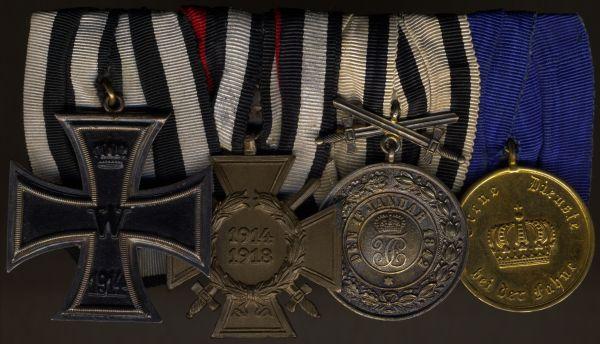 4er Ordensschnalle mit Hohenzollern, Silberne Verdienstmedaille mit Schwertern
