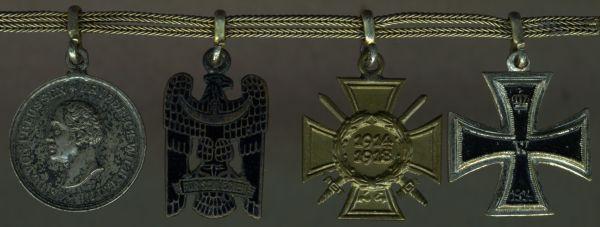 4er Miniaturenkettchen eines Freikorps- & Weltkriegsveteranen mit Rettungsmedaille