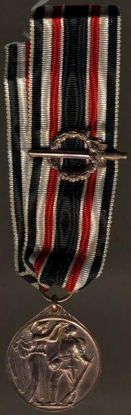 Ehrendenkmünze des Weltkrieges mit Kampfabzeichen