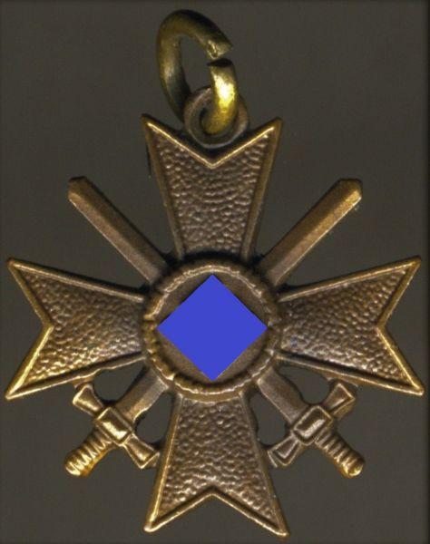 "Miniatur - Kriegsverdienstkreuz 2. Klasse 1939 mit Schwertern - ""L/11"" (!)"