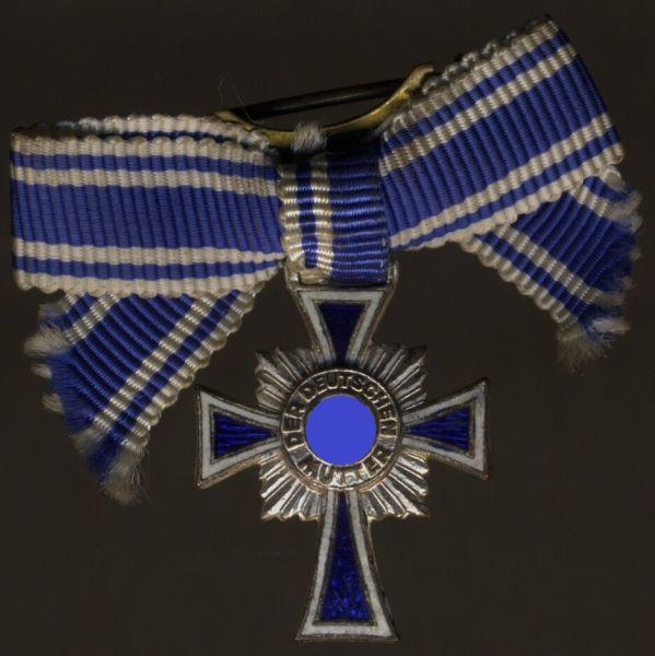 Miniaturdekoration - Mutterkreuz in Silber