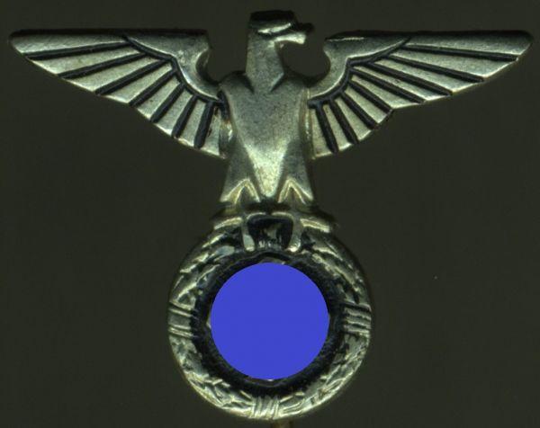 Feldpolizeidirektor Ernst Wagner - NSDAP-Hoheitsabzeichen für Politische Leiter