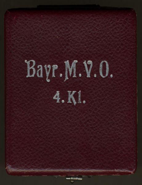 Etui zum Bayr. MVO 4. Klasse mit Schwertern