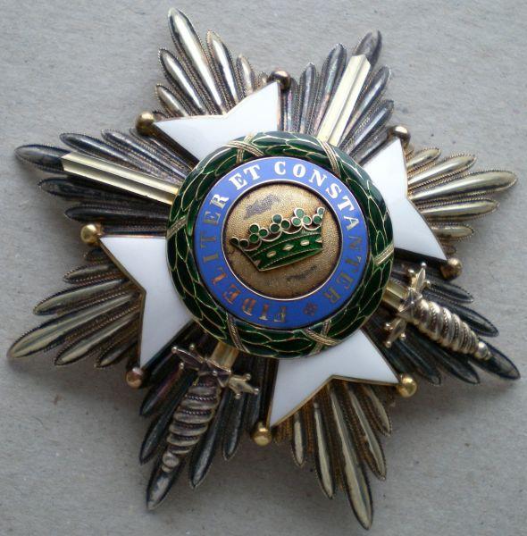 Sächsische Herzogtümer, Ernestinischer Hausorden Großkreuz-Stern mit Schwertern