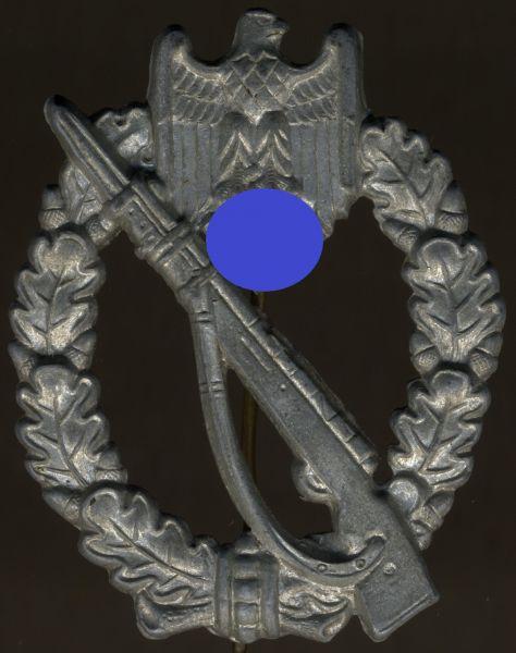 Infanterie-Sturmabzeichen in Silber - Hymmen & Co. / Lüdenscheid