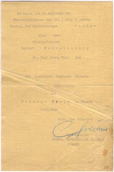 Verleihungsurkunde zum EK2 1939 des Pioniers Schwalenberg / Minenräumung Norwegen - 06.09.1945 (!)