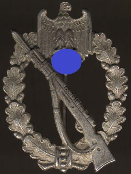 Infanterie-Sturmabzeichen in Silber - Carl Wild / Hamburg