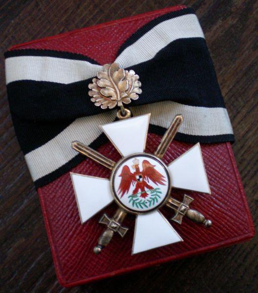 Preußen, Roter-Adler-Orden 2. Klasse mit Eichenlaub & Schwertern + Etui