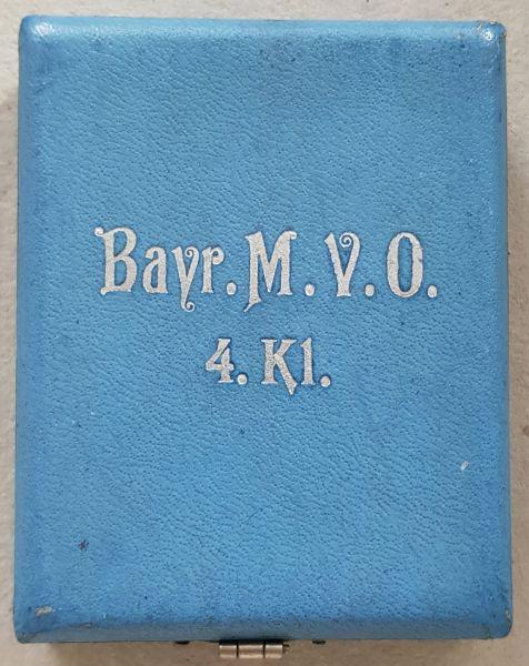 Etui zum BayMVO 4. Klasse mit Schwertern - Weiss & Co. / München