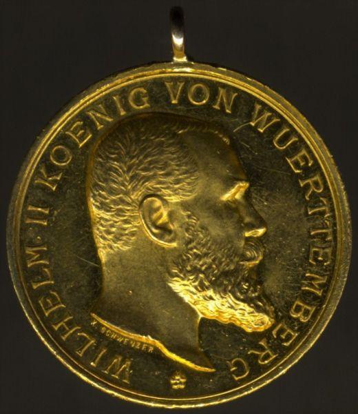 7er Ordens- & Feldschnalle mit Württemberg, Goldene Militär-Verdienstmedaille (986/1000)