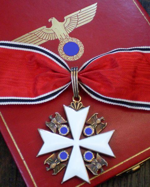 Deutscher-Adler-Orden Verdienstkreuz 1. Stufe mit Etui
