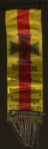 Stoffabzeichen zum Kriegerfest mit Denkmalenthüllung Donaueschingen 1896