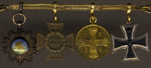 4er Miniaturenkettchen Preußen mit Persien