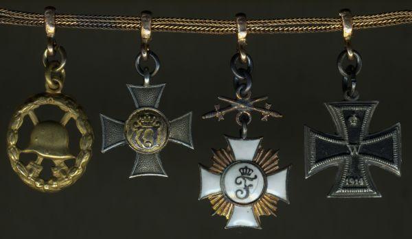4er Miniaturenkettchen eines württembergischen Landwehr-Offiziers