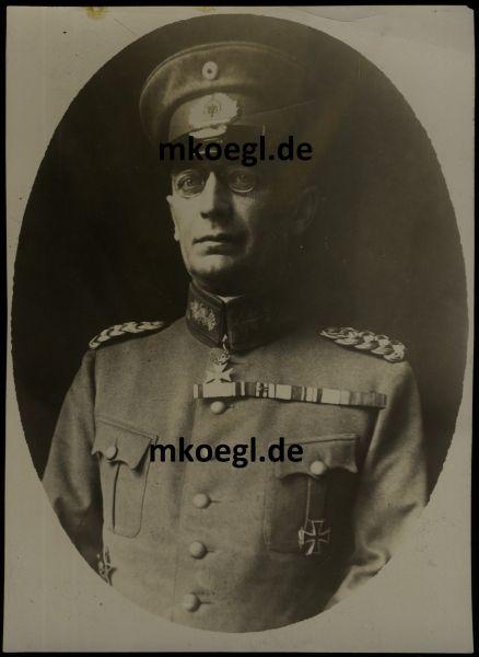 Portrait des Generals der Artillerie Friedrich Frhr. Kreß von Kressenstein