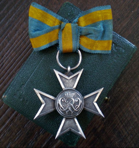 Preußen, Verdienstkreuz in Silber mit Etui